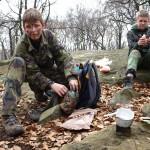 Někteří jedli i pravé vojenské jídlo