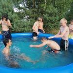 Horalové v bazénu