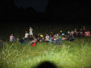 ...ale všechny jsme se rozhodly spát venku, pod širým nebem. Spousta z nás to totiž ještě nezažila...